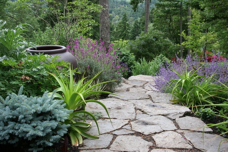 Rustic slabs path ideas