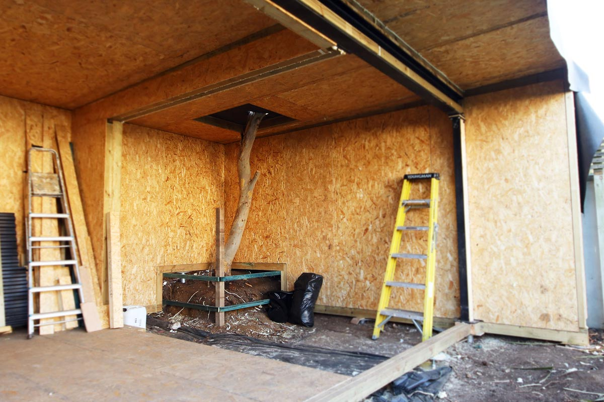 insulated garden room structure